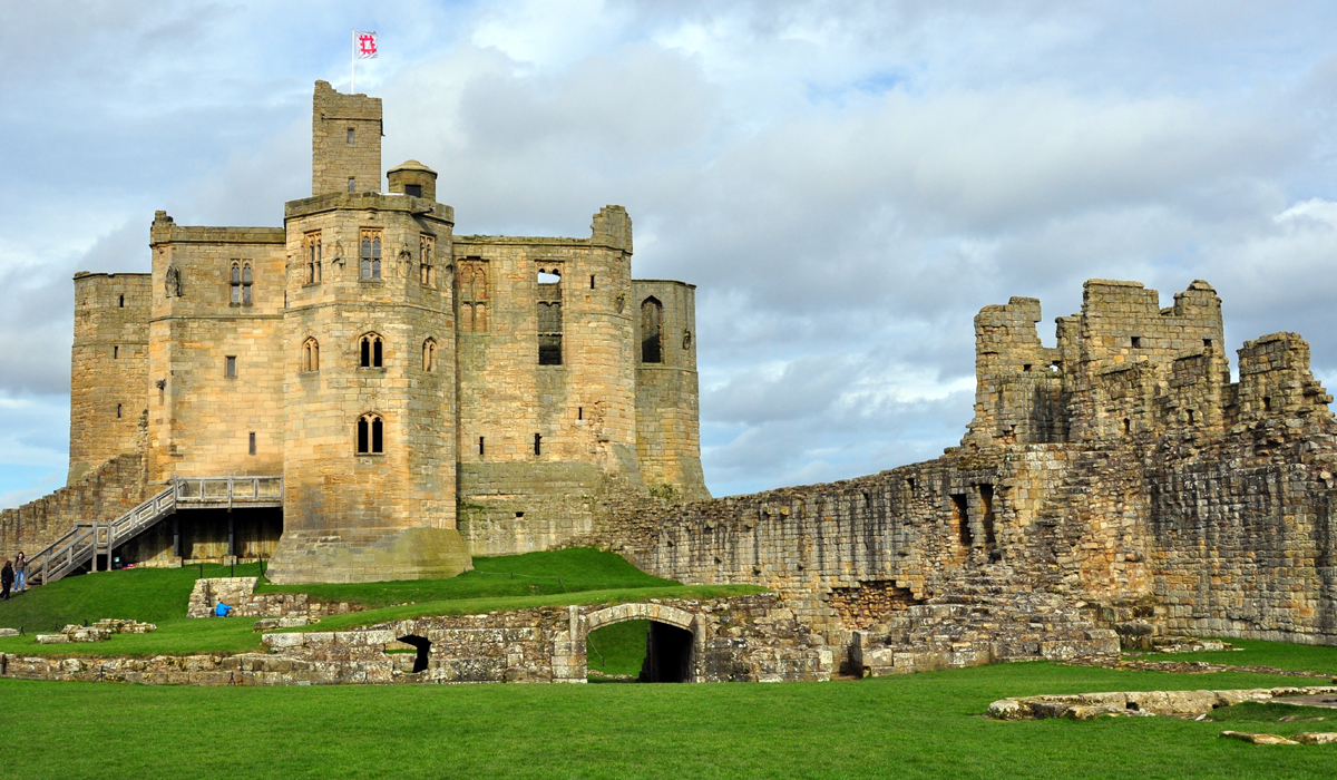 warkworth town and castle