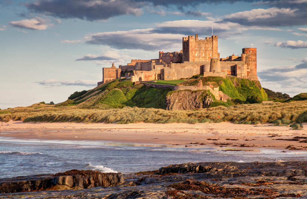 attractions bamburgh village and castle